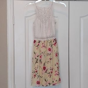 by & by lace top dress size 5